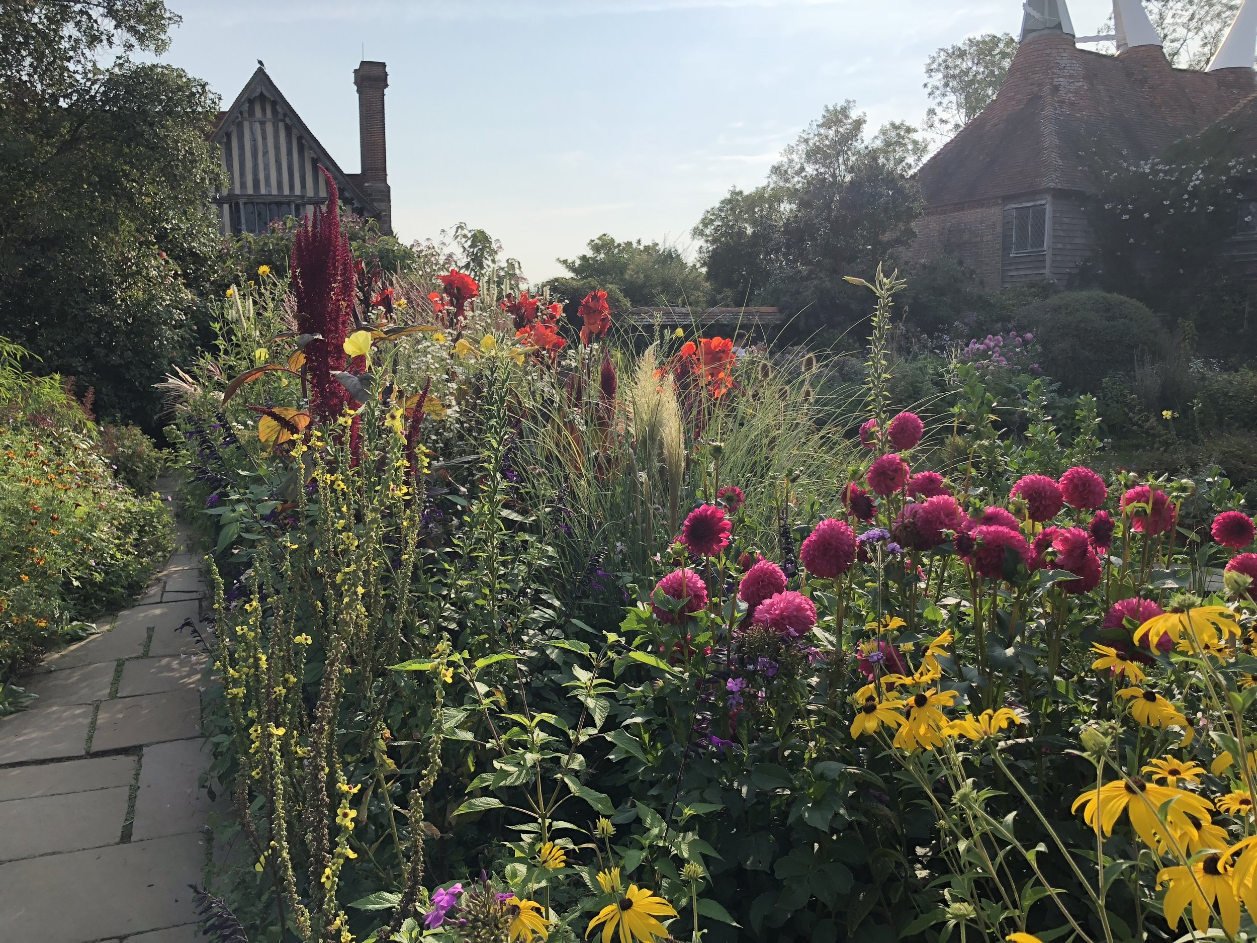 GARDENS - We've selected from the best public, private and teaching gardens the UK and Europe have to offer.