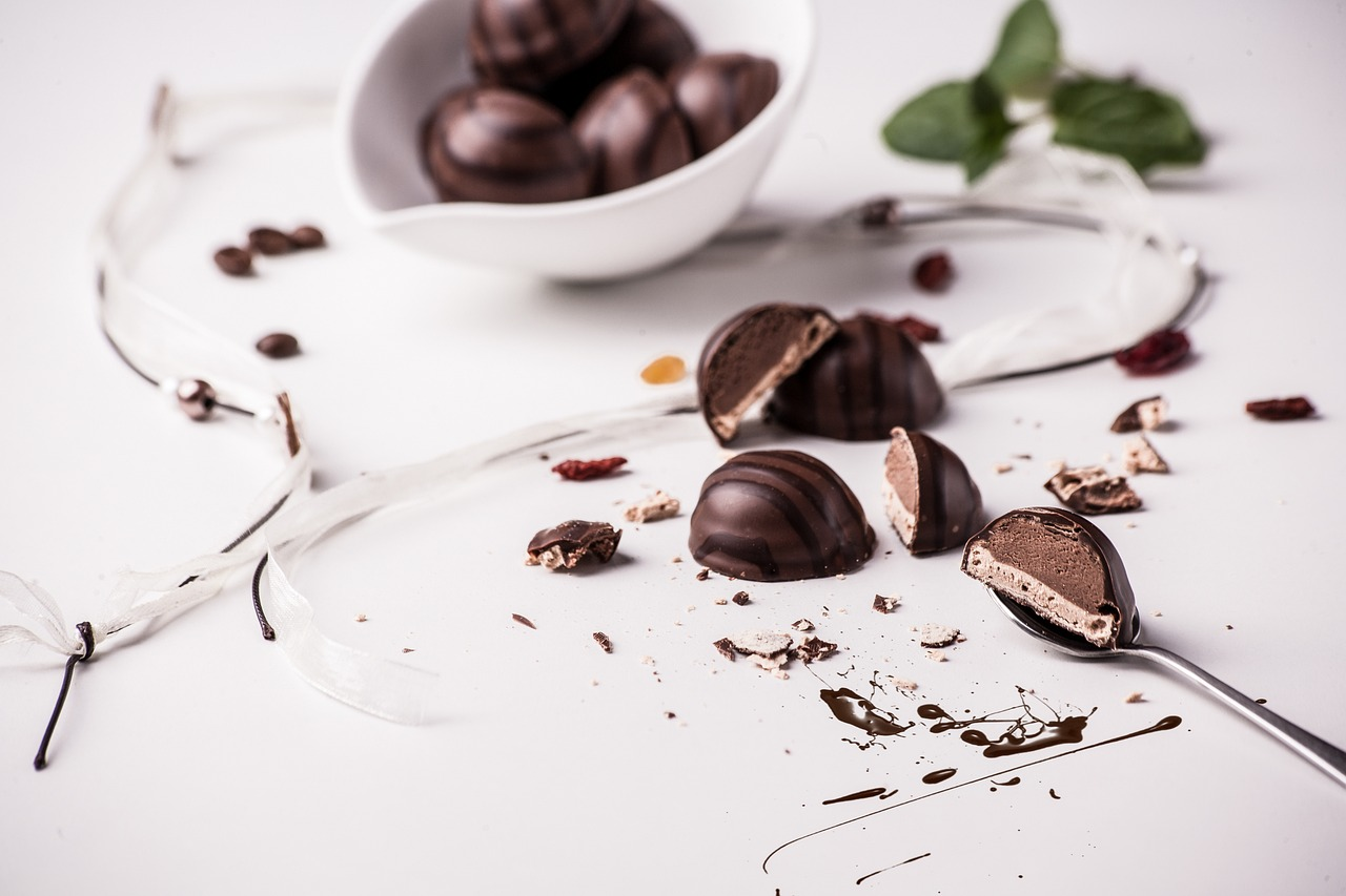 When you indulge in sweet treats mindfully, you feel more satisfaction with each bite and naturally consume less