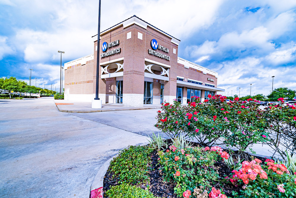 Exterior Wirthlin Orthodontics Missouri City.jpg