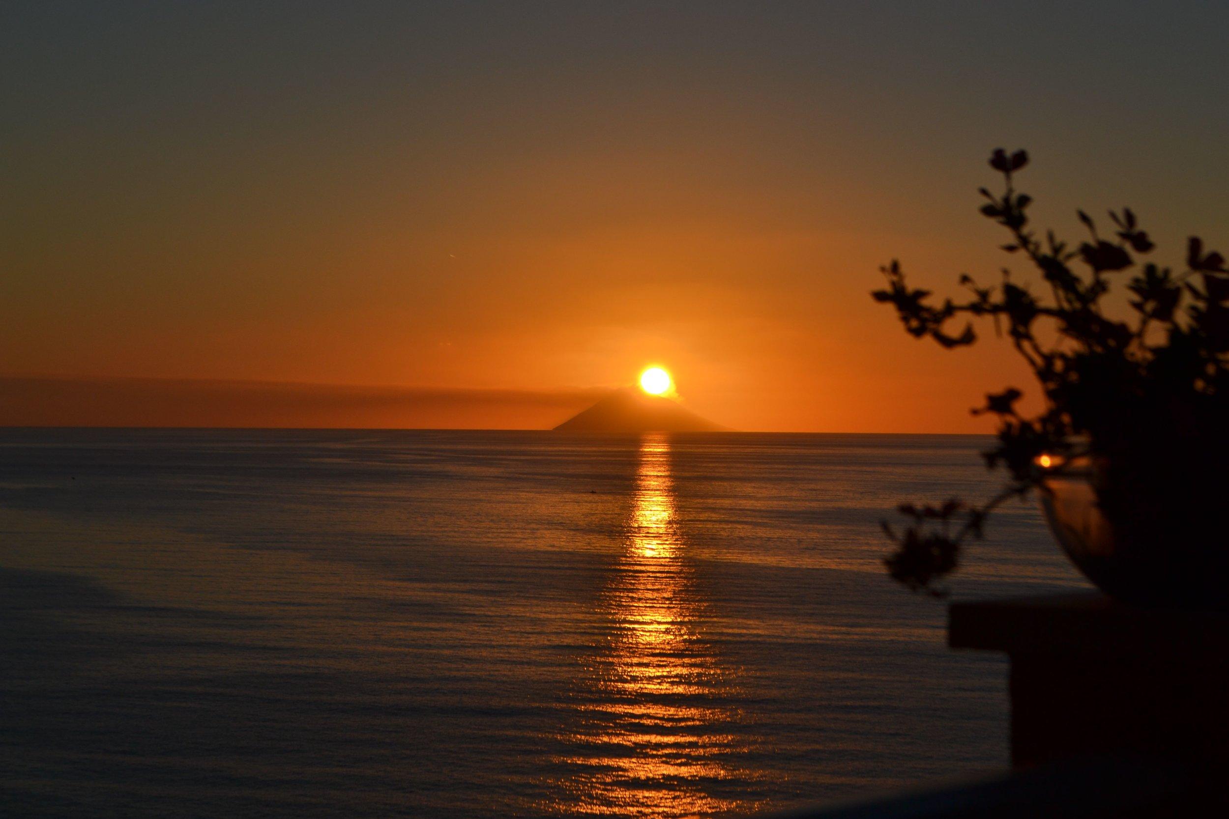 sunset on stromboli.jpg