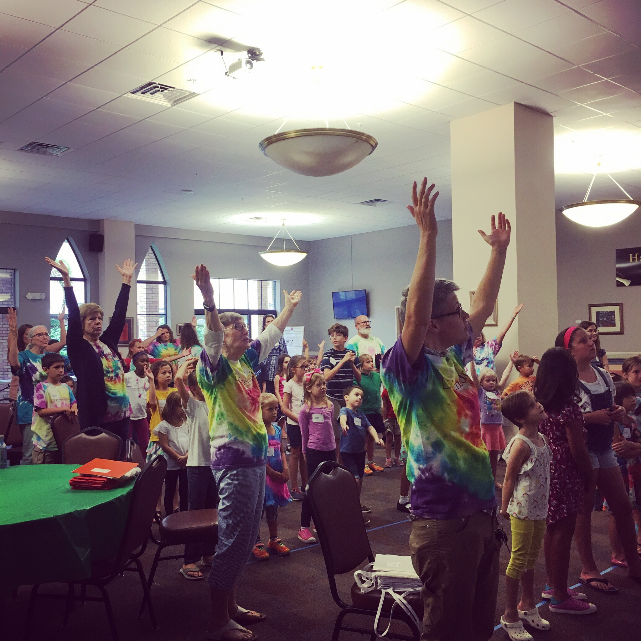 - We are so proud of our kids! We had a blast exploring all the ways we praise God through sharing our talents, remembering to say thanks, and seeing the beauty of God's creation. Here's a slideshow that captures some highlights and a video of their performance of Uyai Mose during worship on August 11. Enjoy!