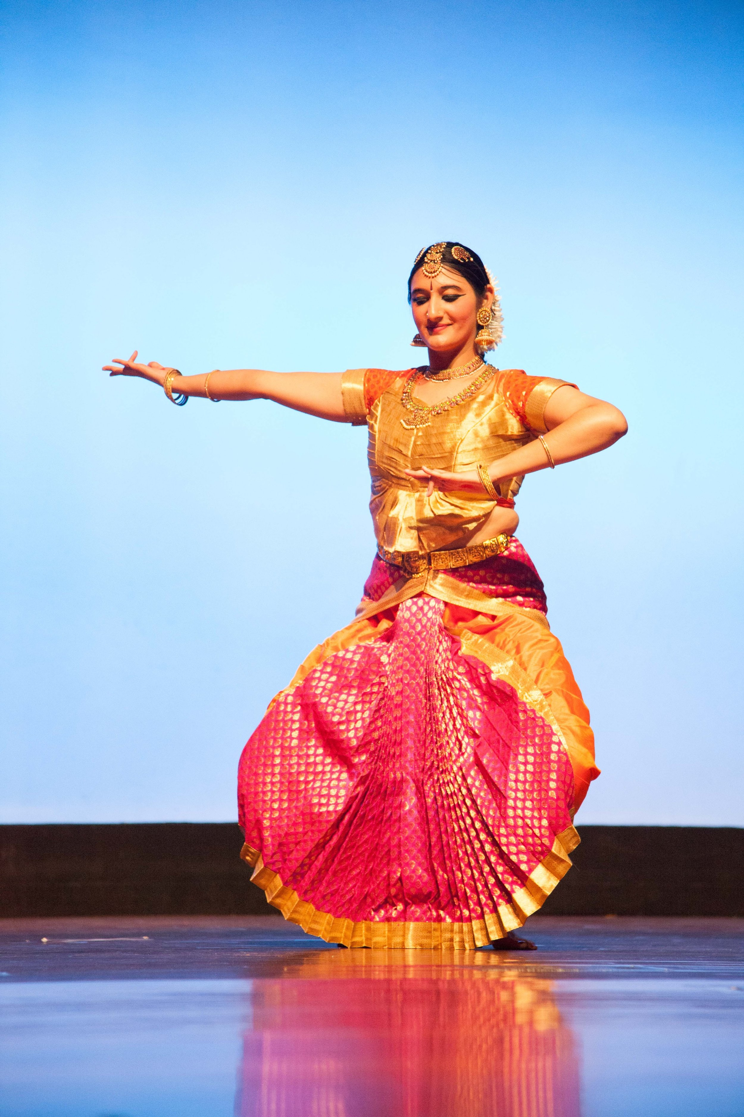 illumi Dance Festival - 4:00pm at Cubberley Theater, Mountain ViewSaturday, October 7th, 2017illumi's 3rd dance festival featured Ambika as a solo dancer, who performed to her own musical and rhythmic compositions, themed on women's empowerment. She was accompanied by an all-female orchestra. The festival also featured four Bay Area-based guest artists who performed four different dance forms from around the world — belly dance, Korean dance, hip hop Jazz and semi-classical Indian dance. All four guest artists performed pieces themed on women's empowerment.