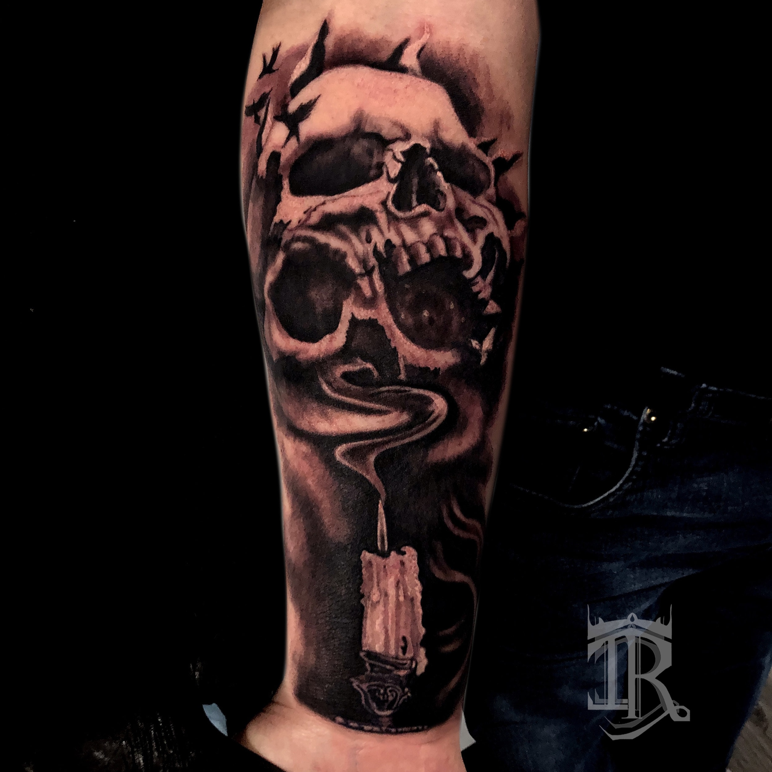 Skull Tattoo Ron Inkroom.jpg