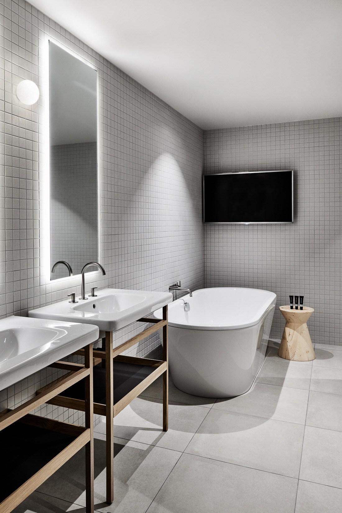 Mitchelton-Winery-Hotel-in-Nagambie-Hecker-Guthrie-Tom-Blachford-17.jpg