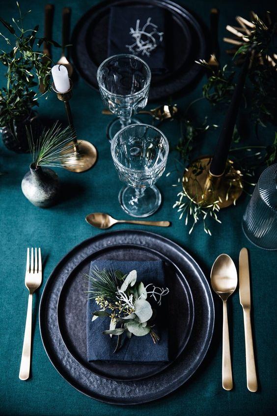 PINTEREST 02, HOUSE & COURT, HOCO CHRISTMAS TABLE STYLING.jpg