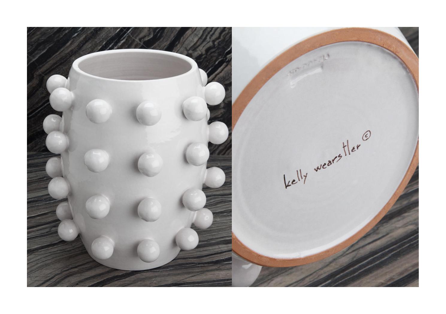 https://www.kellywearstler.com/vases/blanc-pop-vase/HVA0036.html?cgid=vases&start=8#start=9