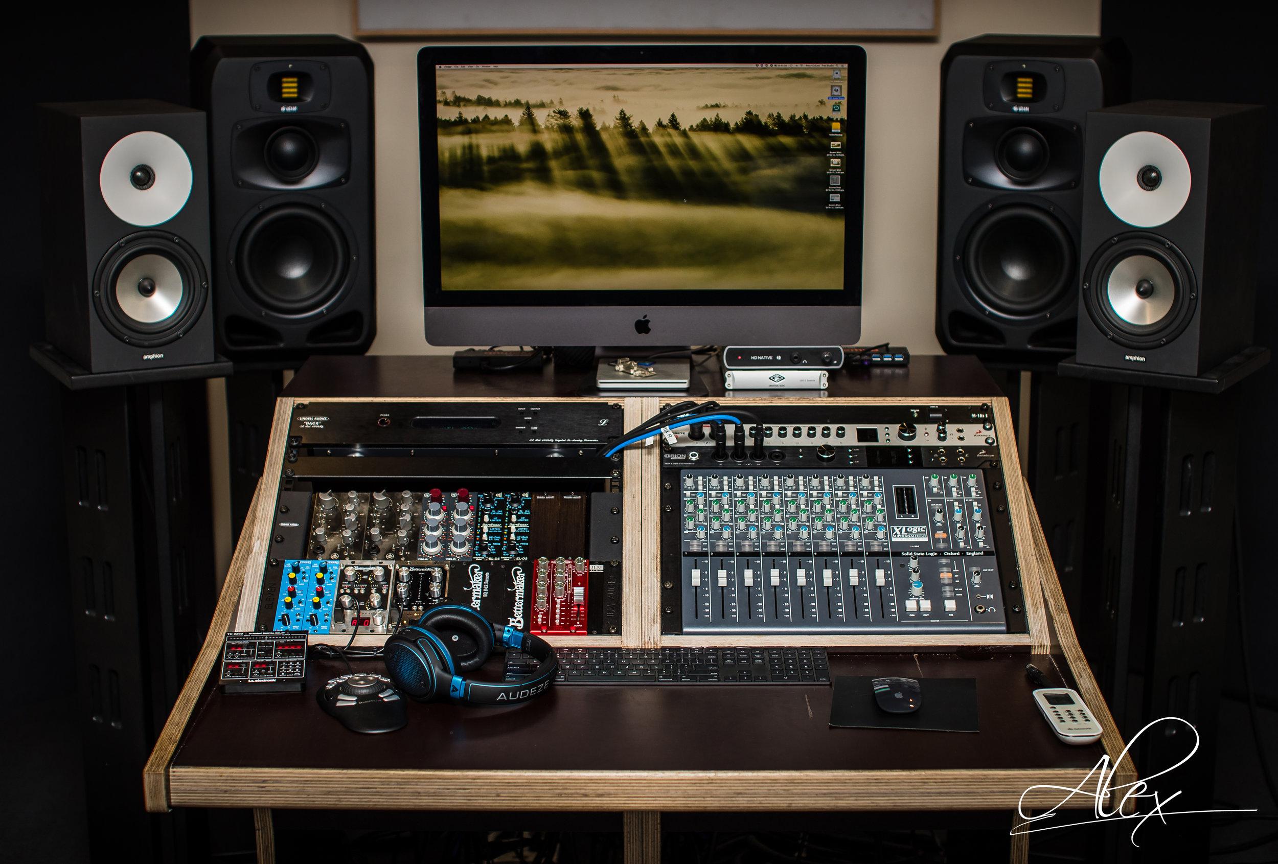 Standard Mastering Desk  Get the price list
