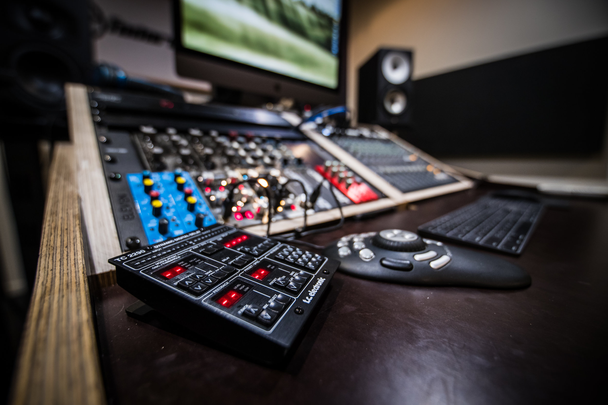 Mastering desk - sexy view