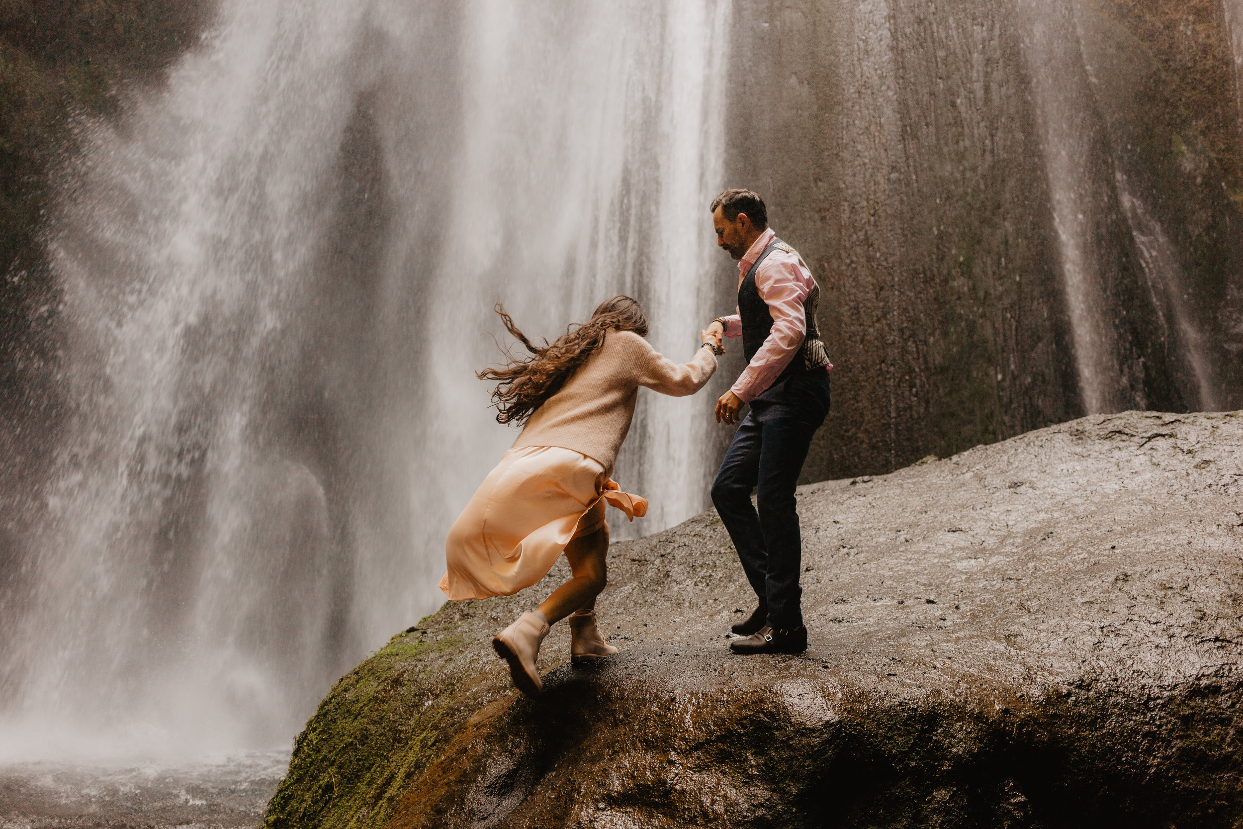 Iceland Couples-110.jpg