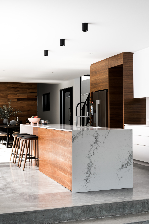 Como Residence by Studio Atelier - Contemporary kitchen design.jpg