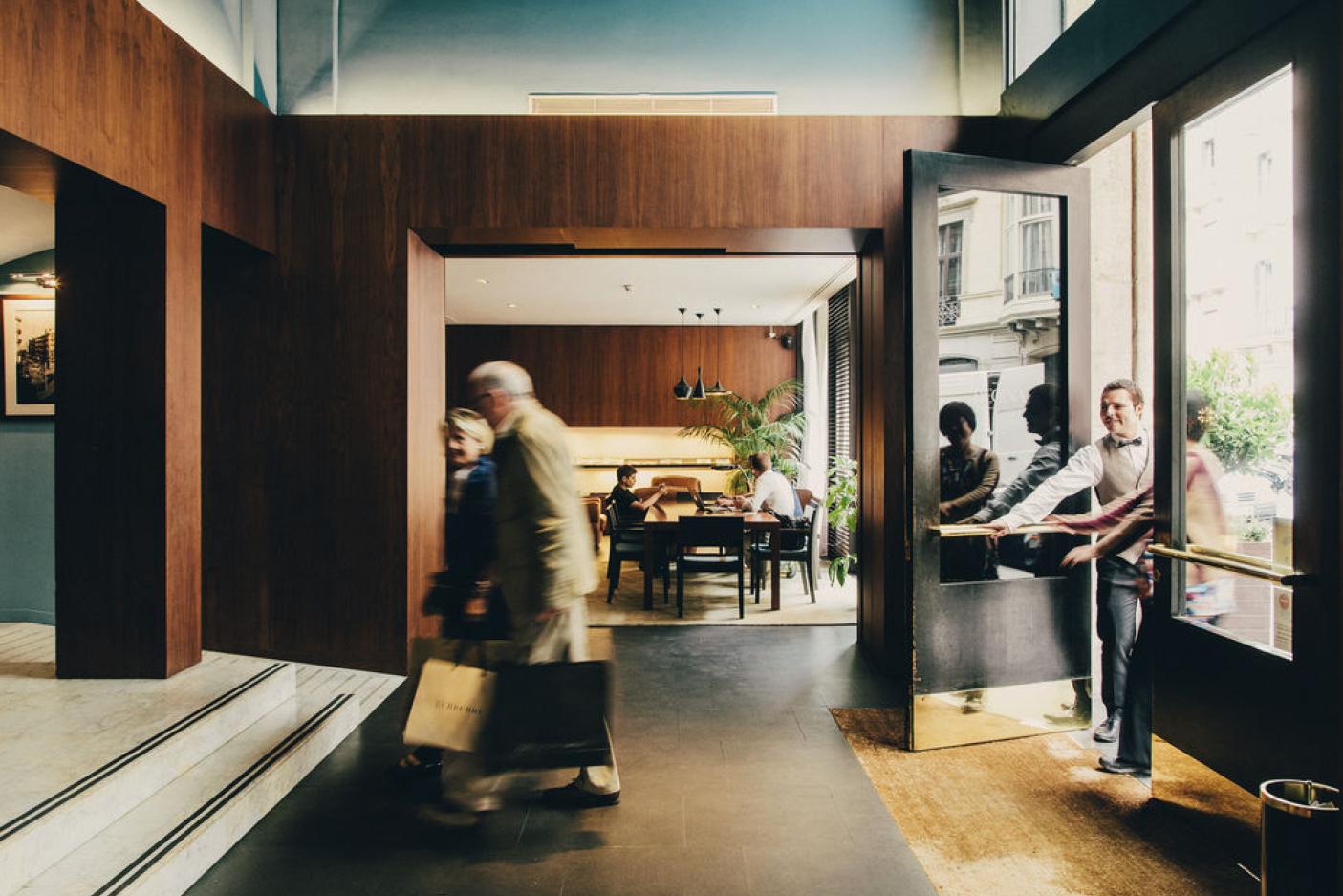 GeorgKayser_architecture_interiordesign_comercial_hotelregina_2.jpg