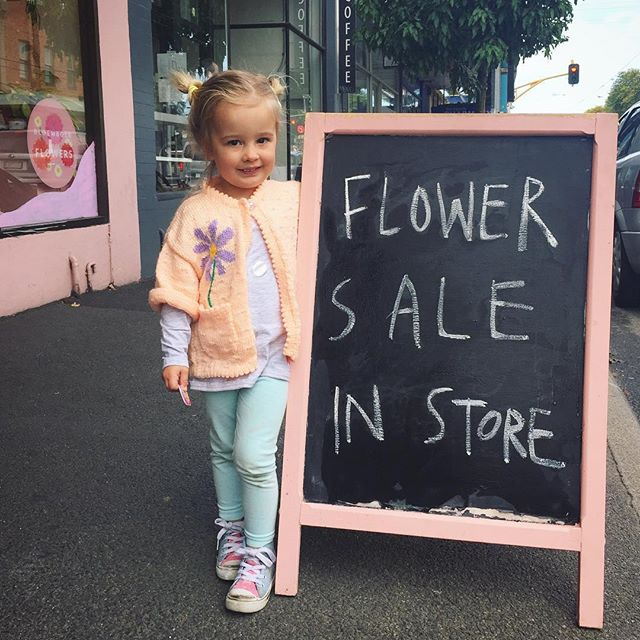 My little Sale Assistant 🌸💗 . . . . #florist #melbourneflorist #northcote #westgarth #northcoteflorist