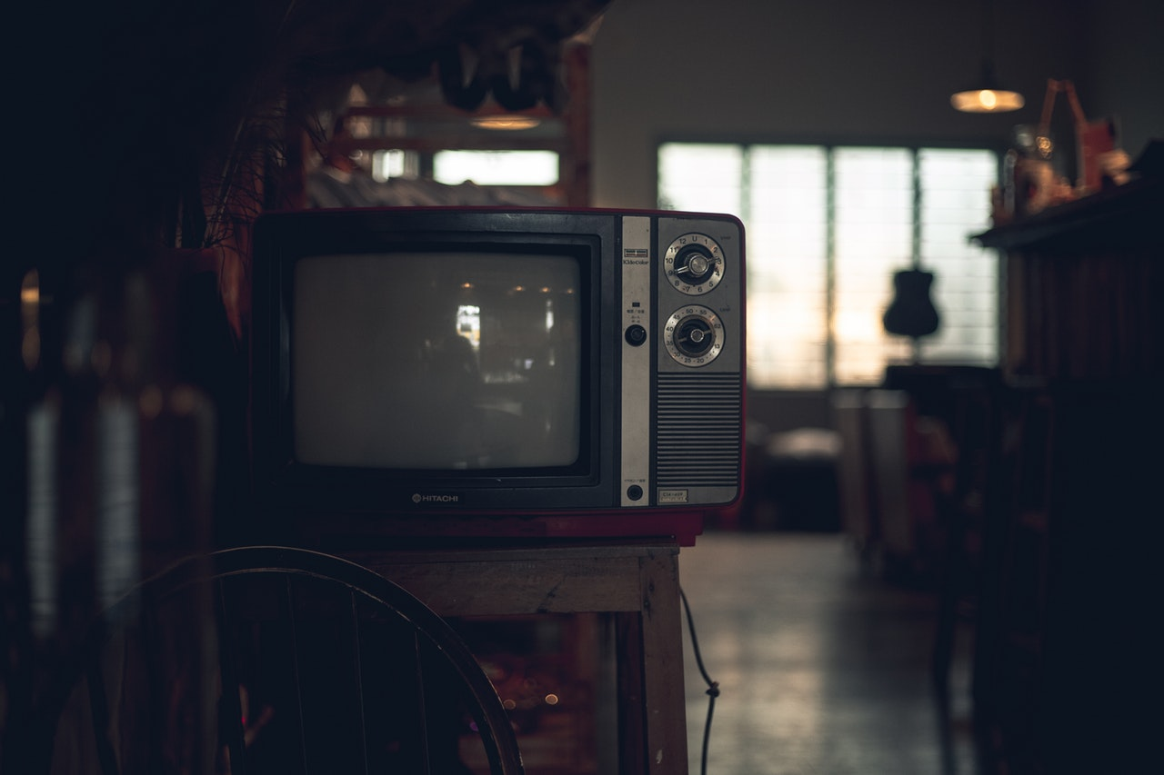 classic-crt-tv-device-2251206.jpg