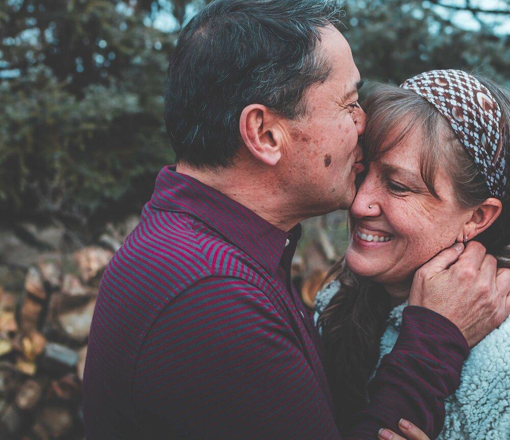 couple-embrace-enjoying-1835909.jpg