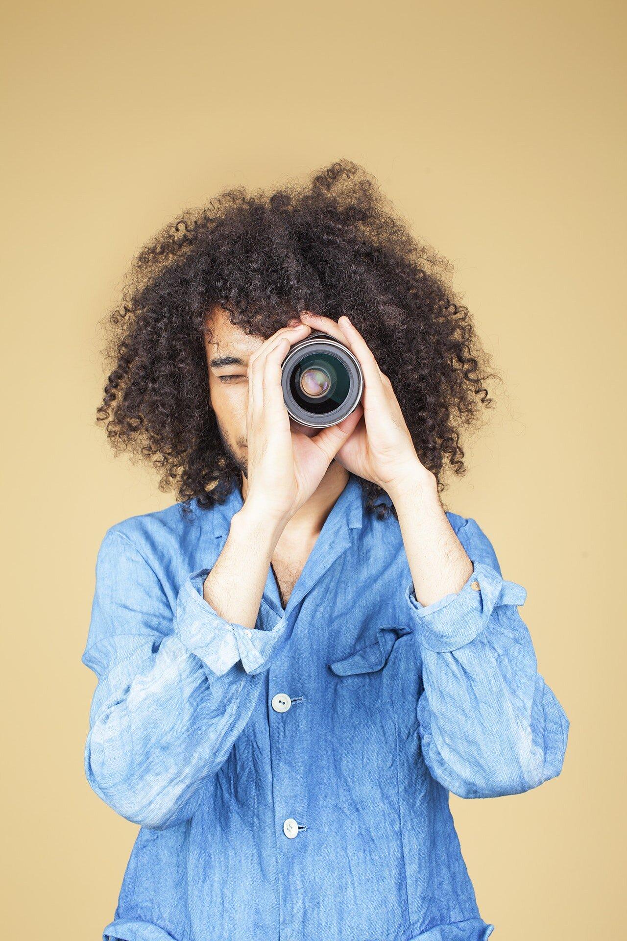 casual-curly-hair-denim-1587036.jpg