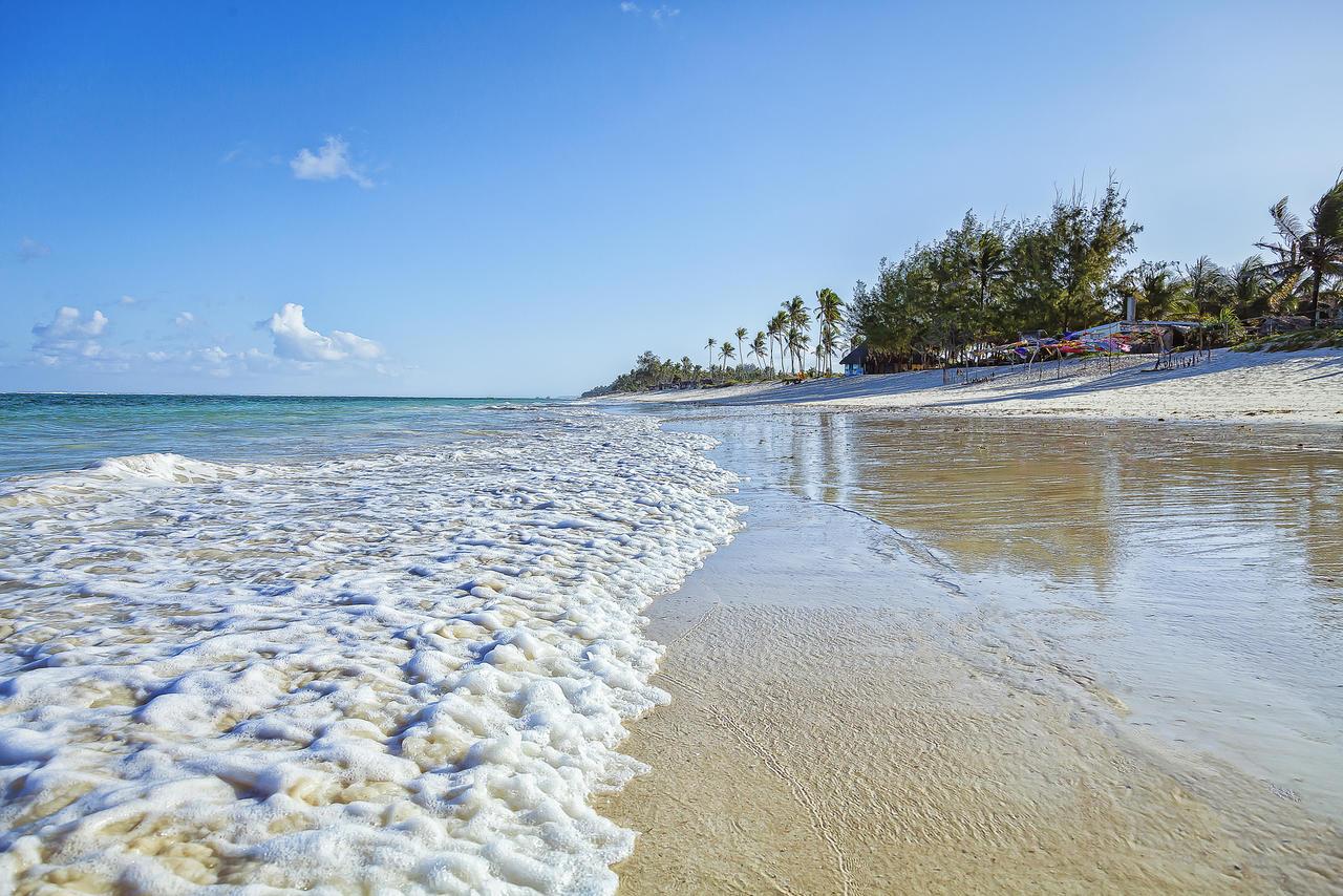 diani_beach_3.jpg