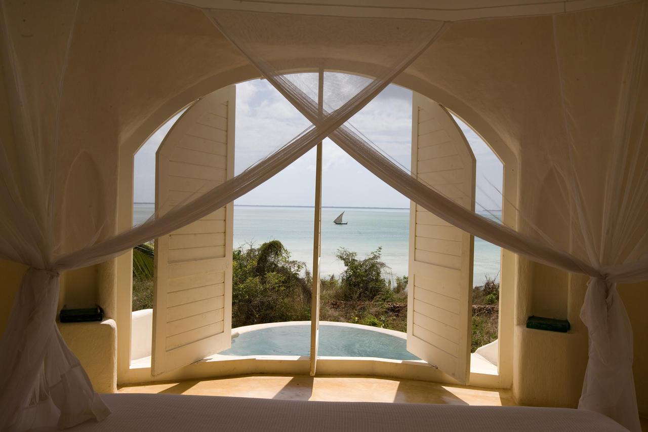 Kilindi-Bedroom-window-view.jpg