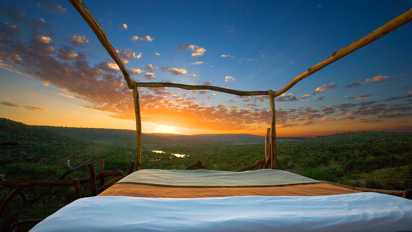 Loisaba-Star-Beds---Star-Bed-Sunrise.jpg