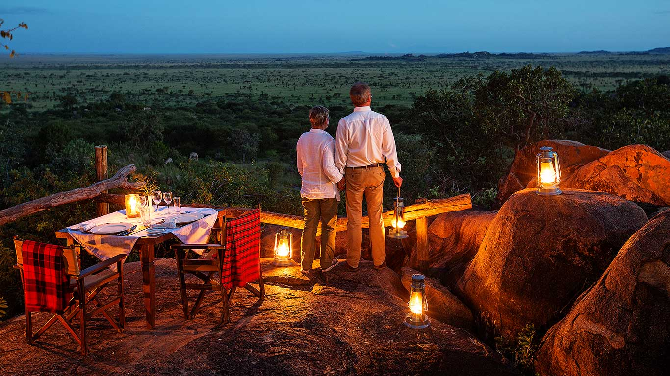 Serengeti-Pioneer-Camp---activities---private-dinner-overlooking-the-savannah.jpg