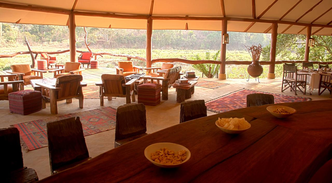Kitich Camp - Dining  Lounge Area.jpg