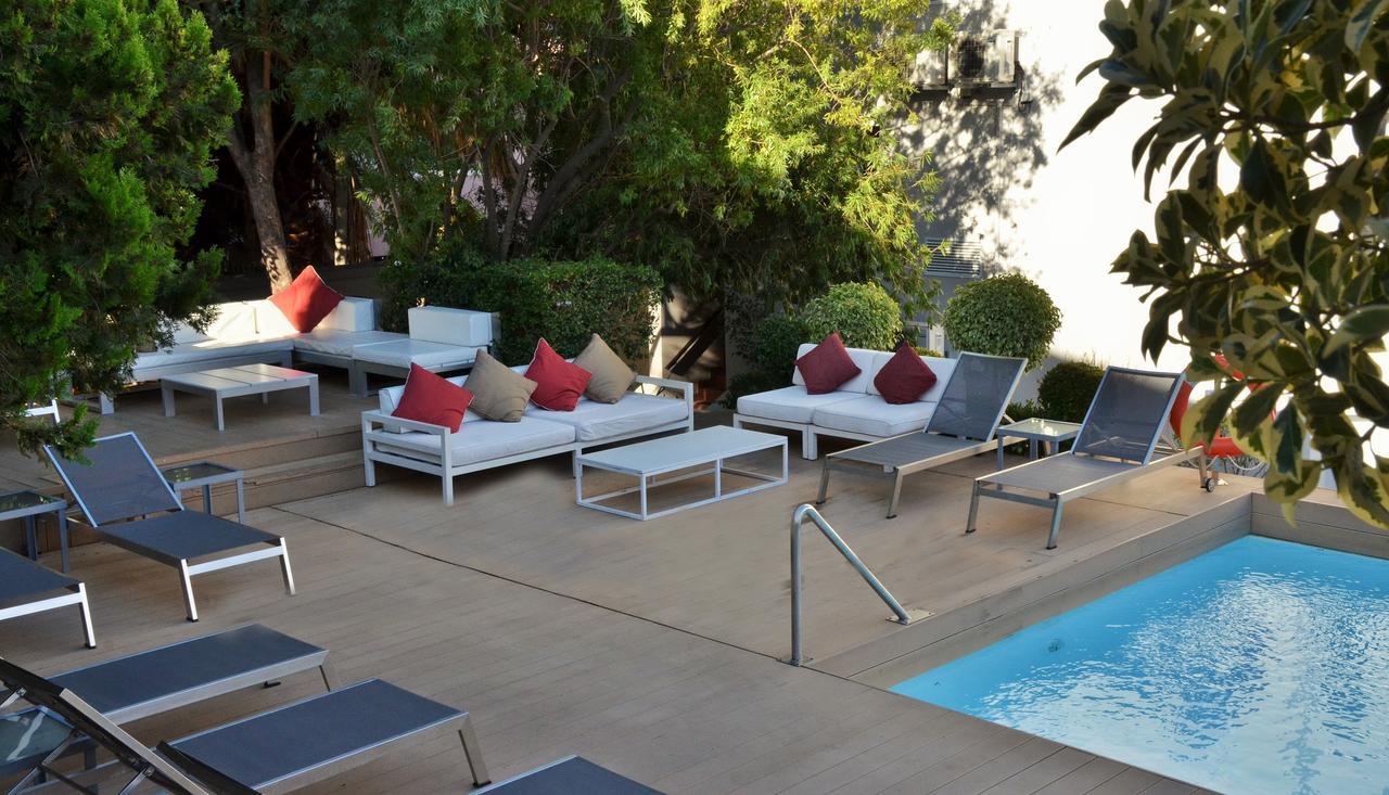 pool_area.jpg