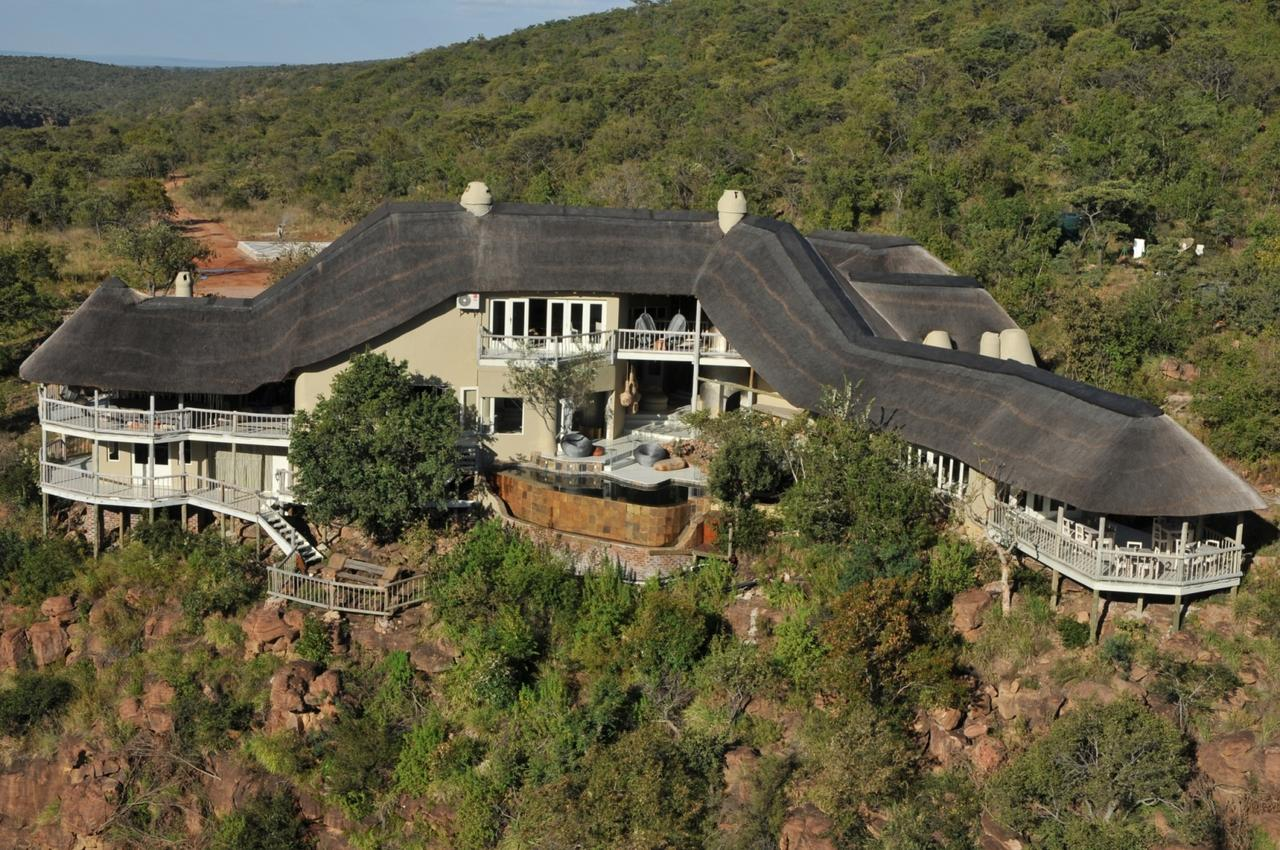 clifftop_exclusive_safari_hideaway_arial_view_1.jpg