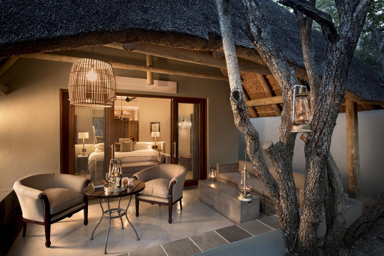 ngala_safari_lodge_-_cottage_verandah_-_copy.jpg