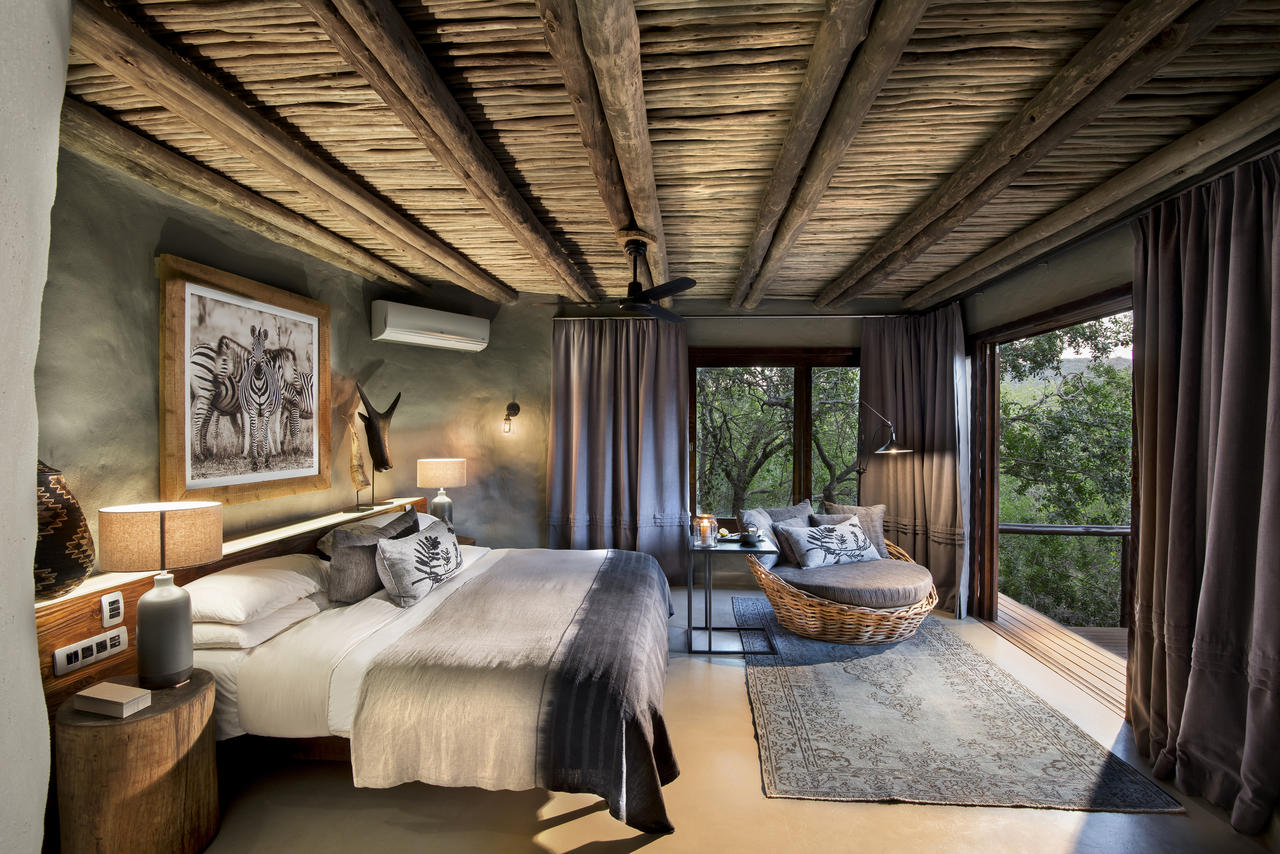 guest-suites-at-phinda-rock-lodge_5_resized.jpg