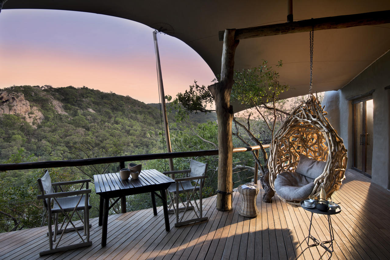 guest-area-views-at-phinda-rock-lodge_resized.jpg