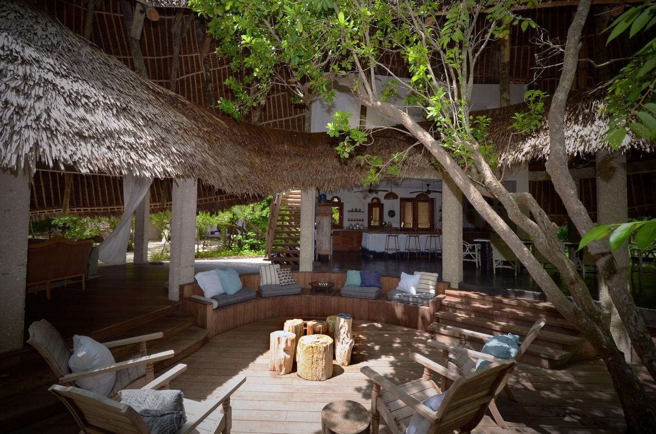 vamizi-island-casa-marjani-outside-living-area-31.jpg