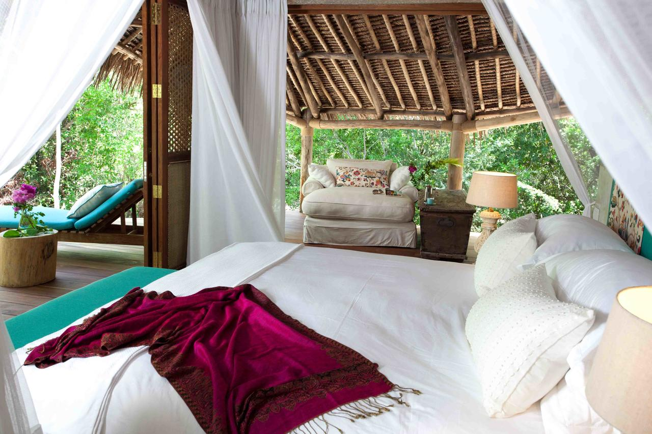 vamizi-island-casamina-master-bedroom1.jpg