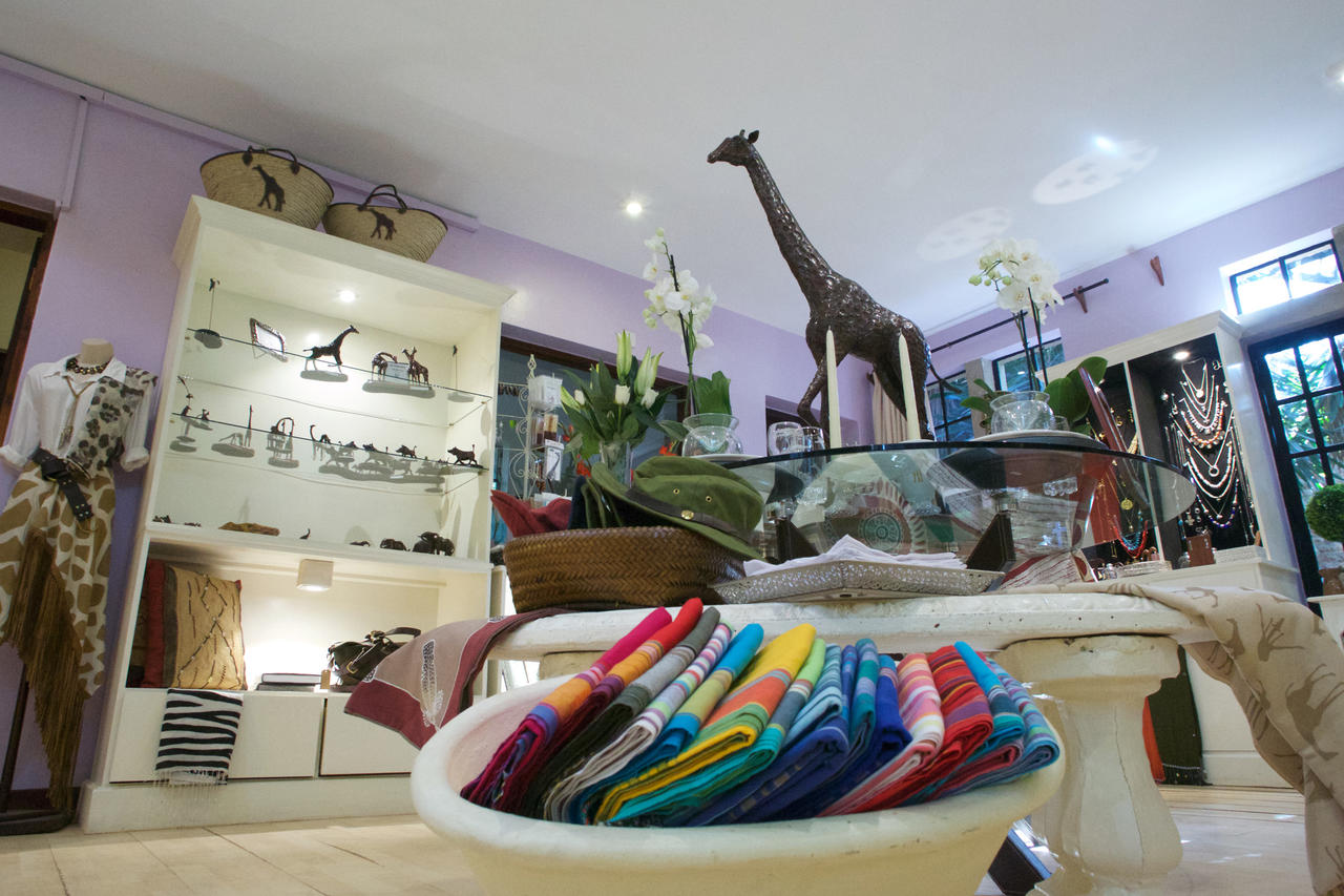 giraffe_manor_shop.jpg