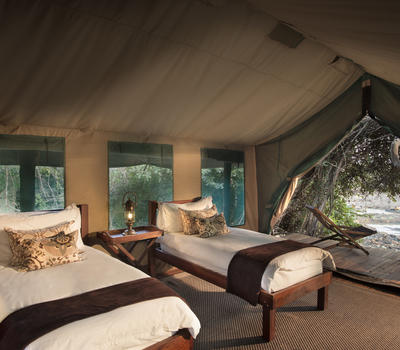 5_kanga_camp_bedroom.jpg