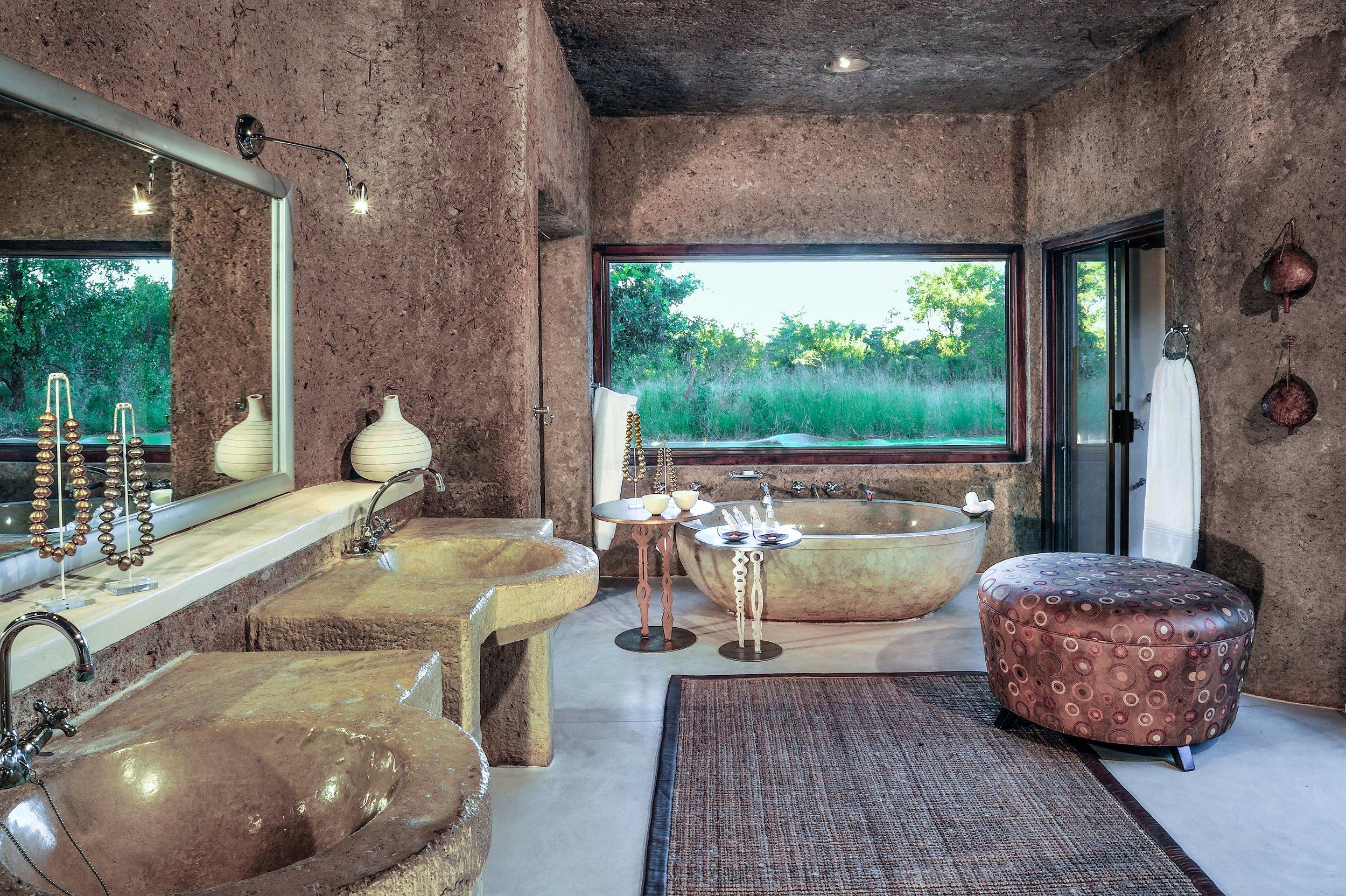 amber_suite_-_bathroom1.jpg