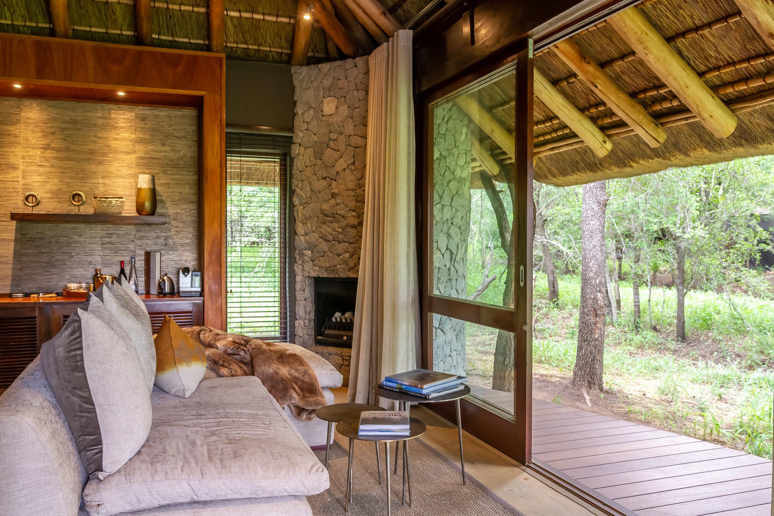 leadwood_suite_lounge_.jpg