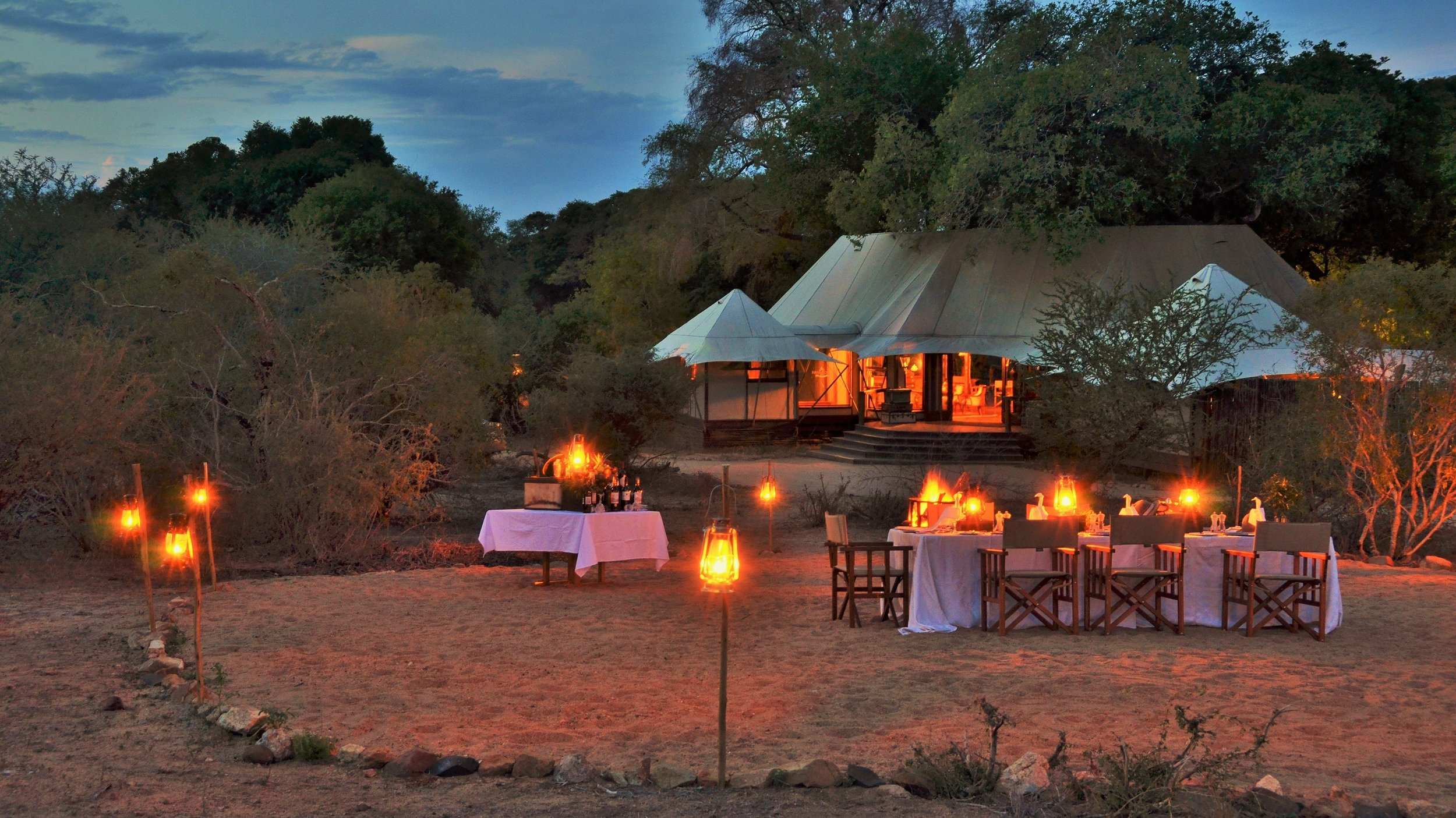 hamiltons_tented_camp_bush_-_dining_1.jpg