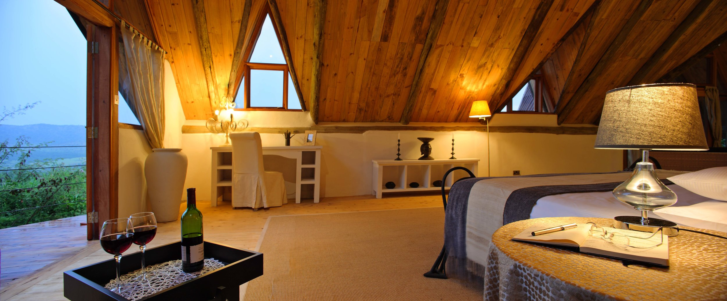 Cottars Private House - Master Bedroom 2.jpg