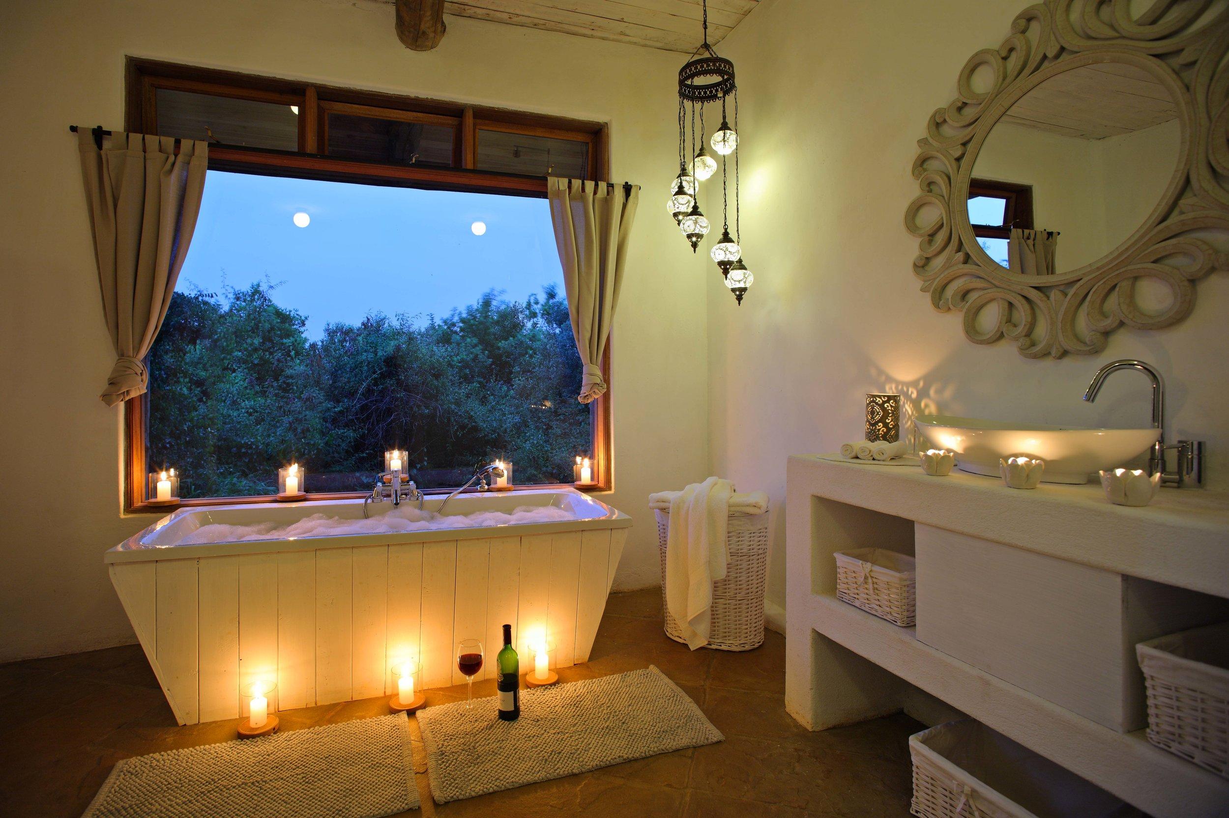 Cottars Private House - Twin Bathroom.jpg