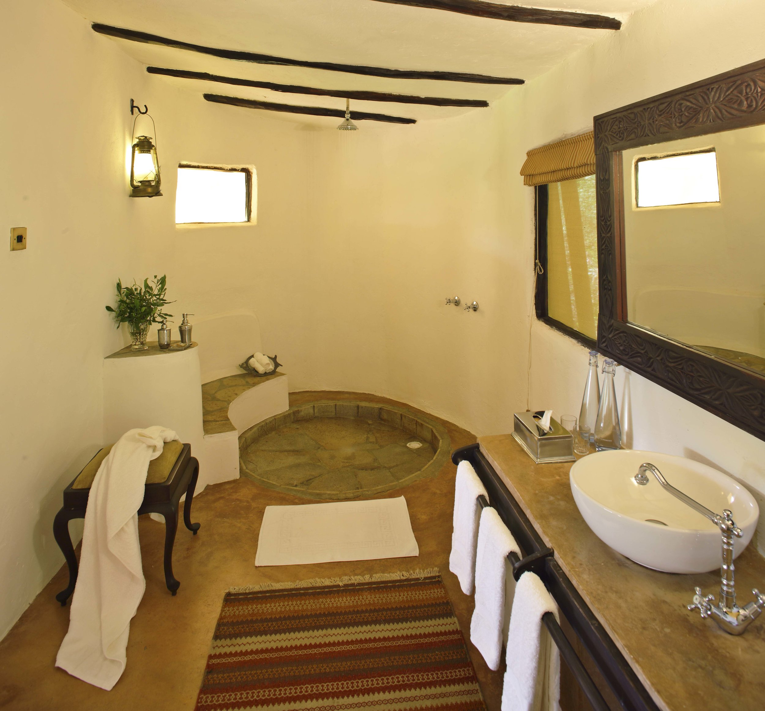 cottars_-_honeymoon_tent_bathroom.jpg