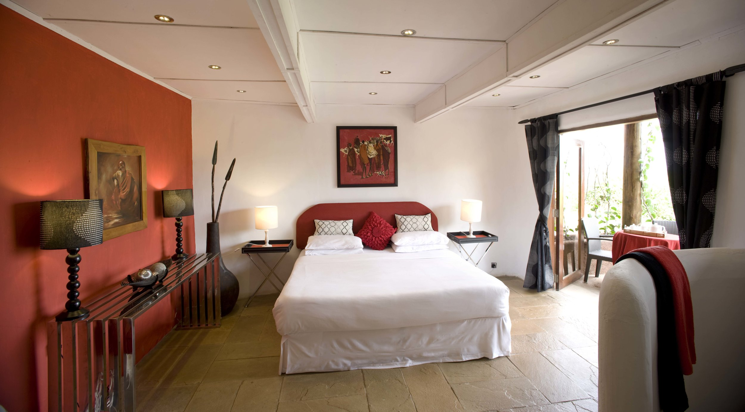 cottars_private_house_the_maasai_red_room_2012-8.jpg