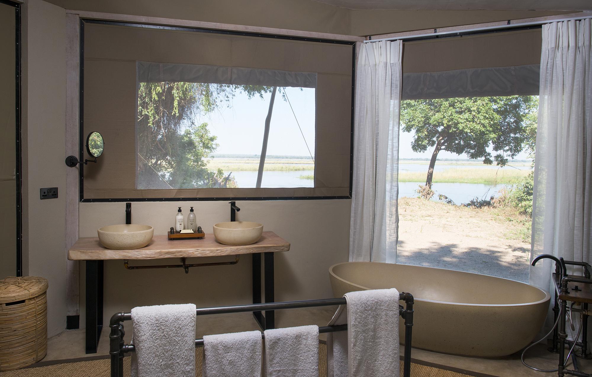 kigelia_house_bathroon3.jpg