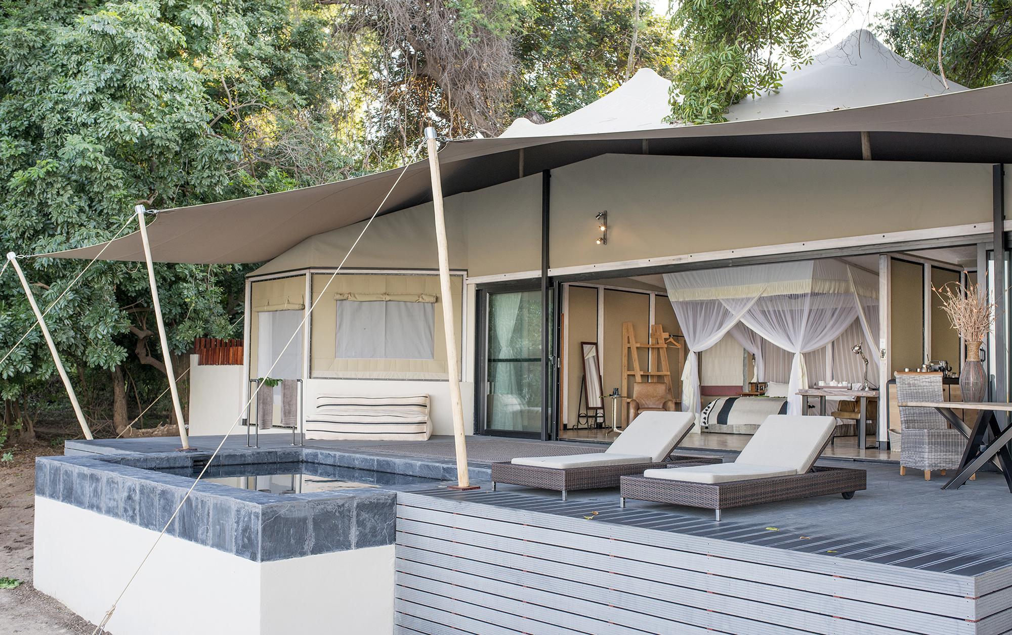luxury_suite-1.jpg
