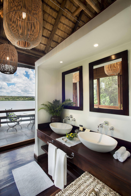 prc_river_chalet_bathroom.jpg