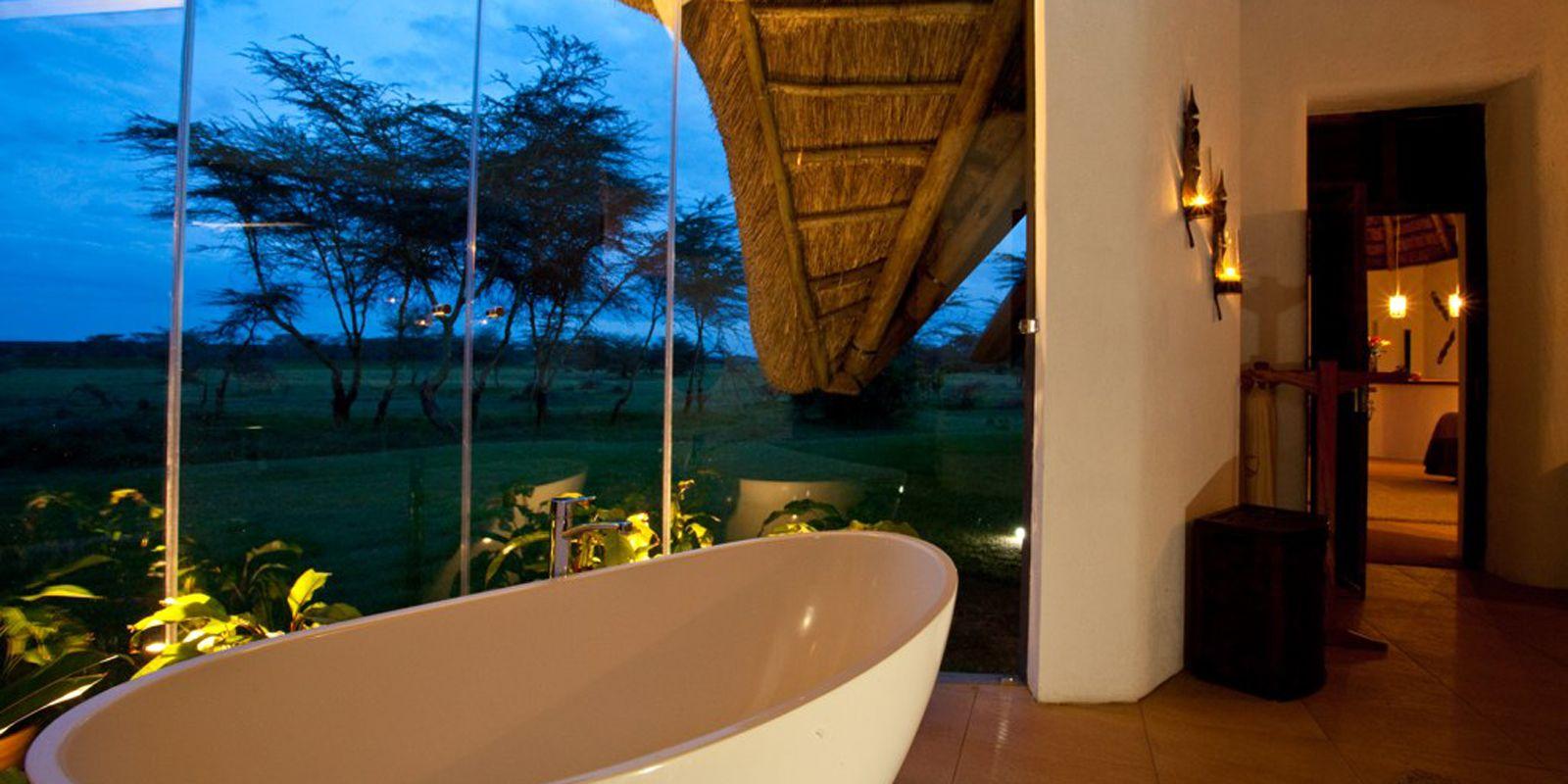 Solio Lodge Bath 2.jpg