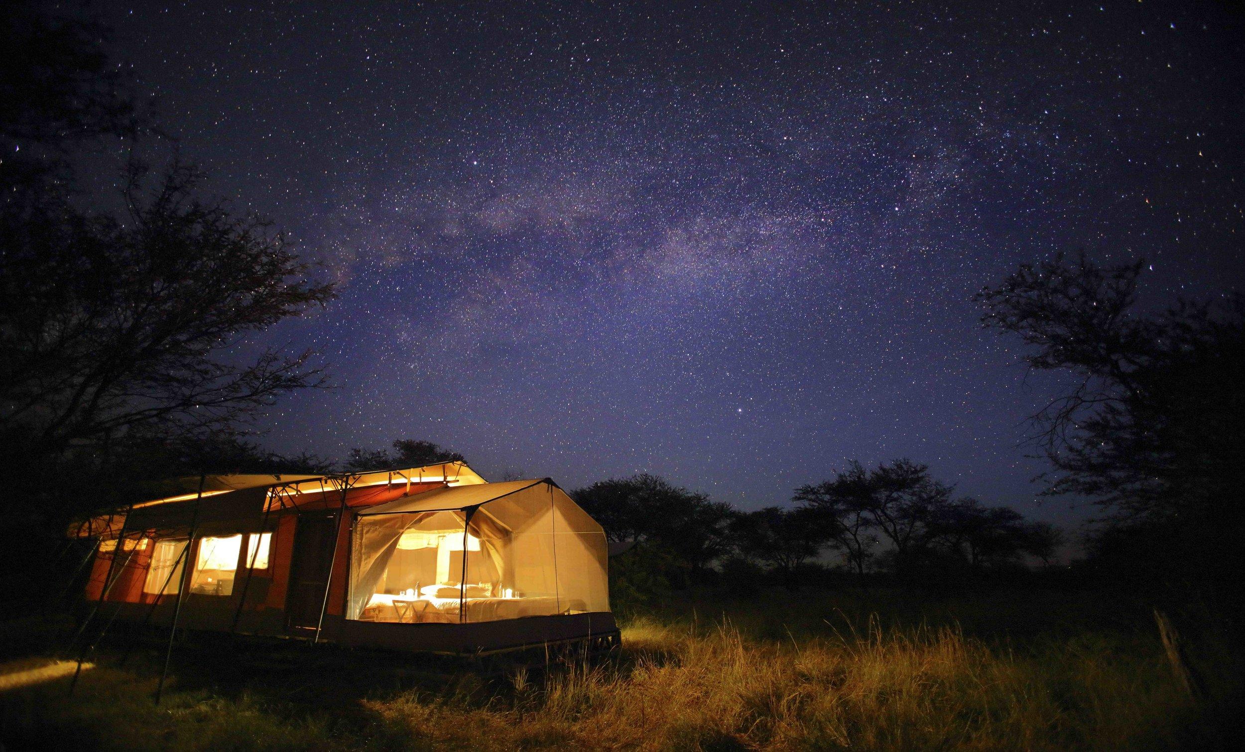 Olakira-Camp-Star-gazing-tent-under-the-milkyway.jpg