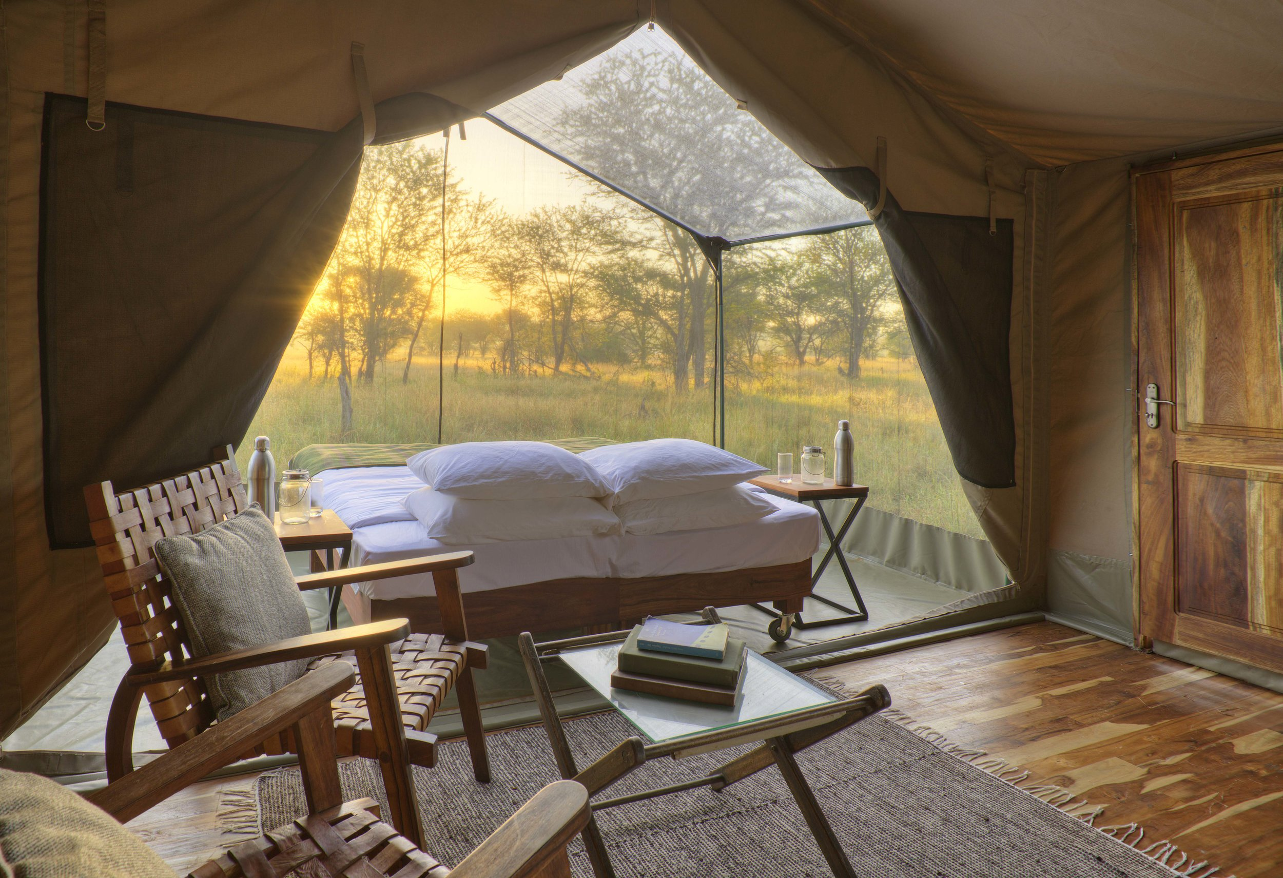 Olakira-View-from-the-lounge-area-onto-the-star-gazing-tent.jpg
