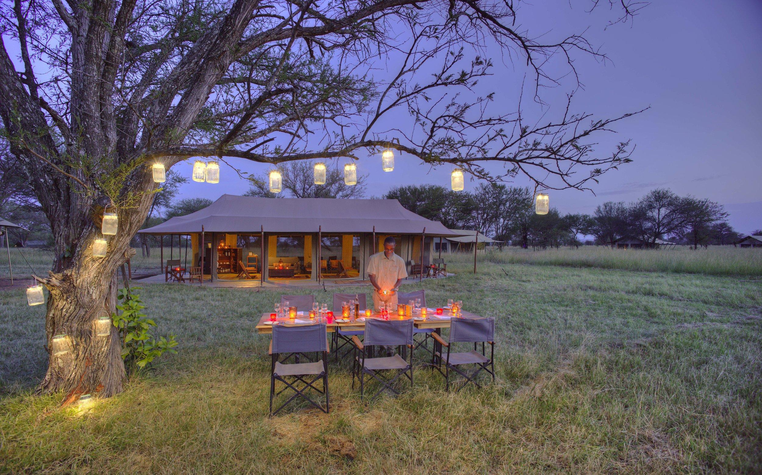 kimondo-camp-outdoor-dining.jpg