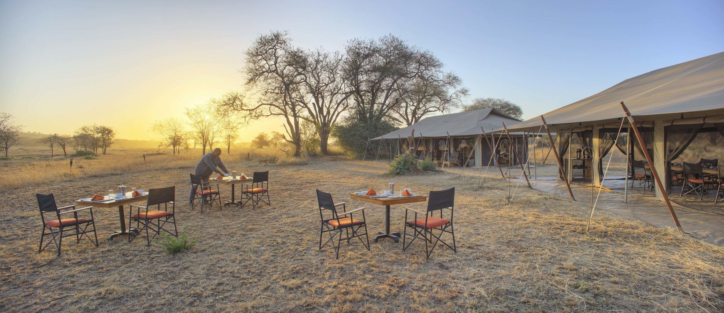 ubuntu-camp-outdoor-dining.jpg
