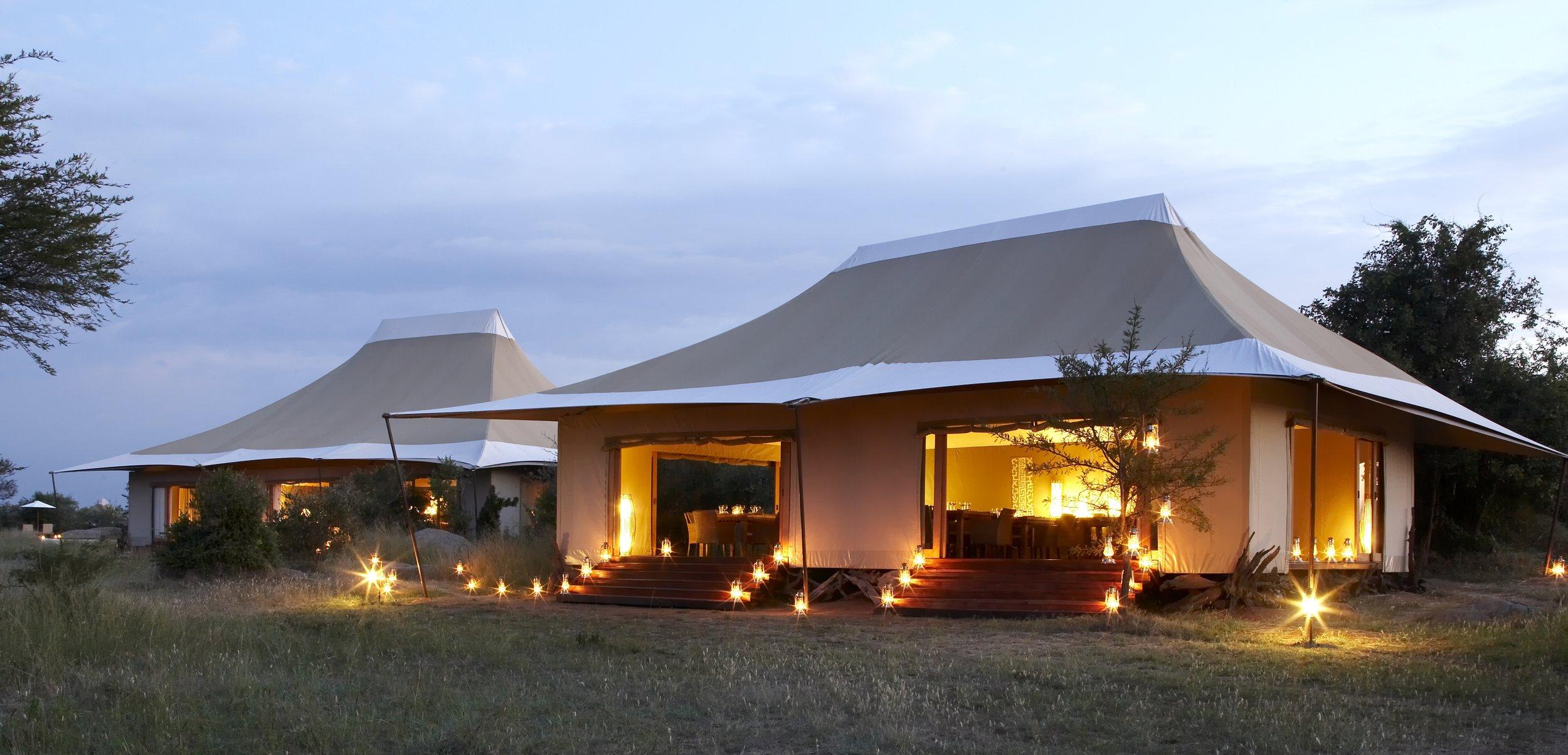 Sayari-Camp-Dining-room-exterior.JPG