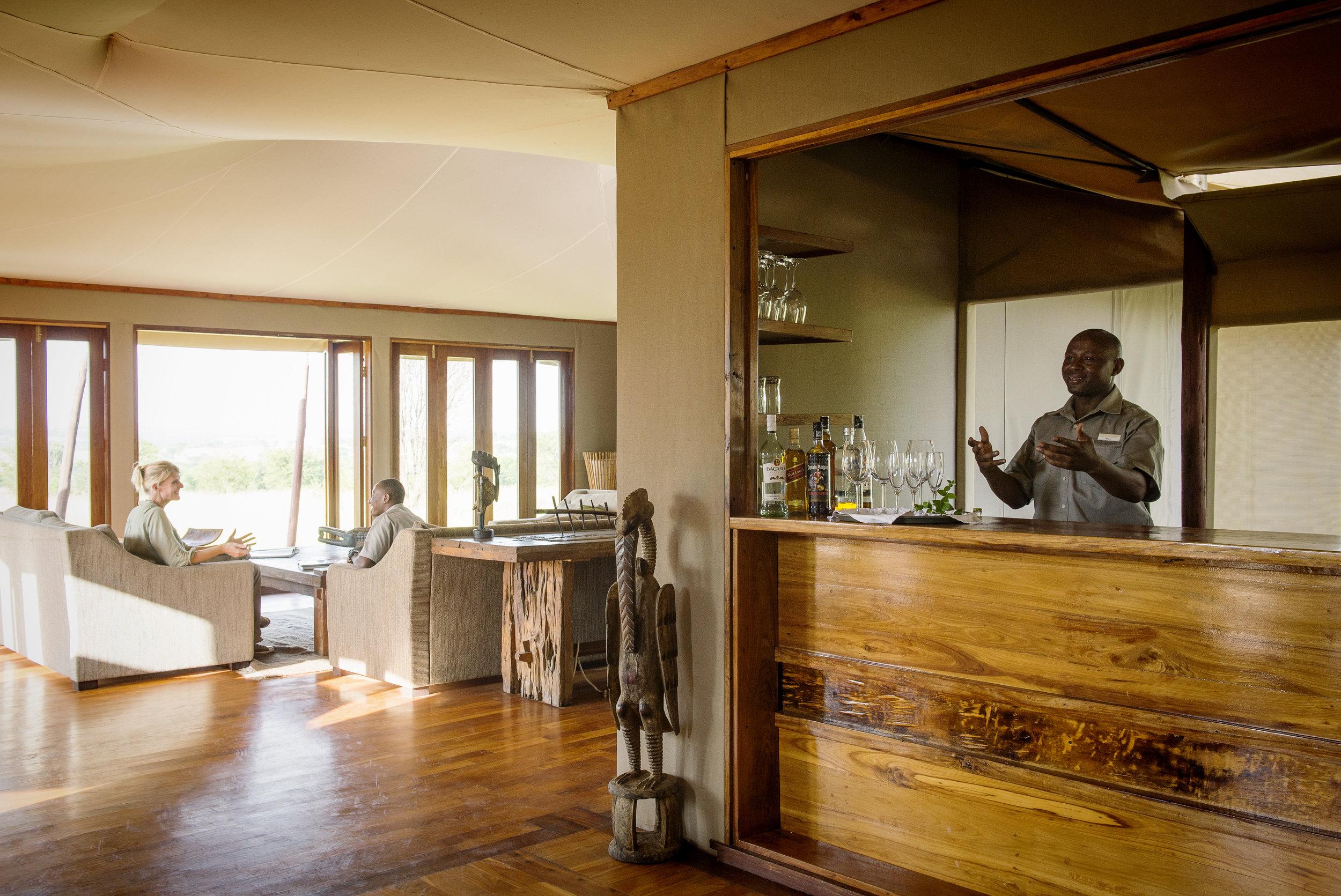Sayari-Camp-lounge-bar-interior-HR-Eliza-Deacon.jpg